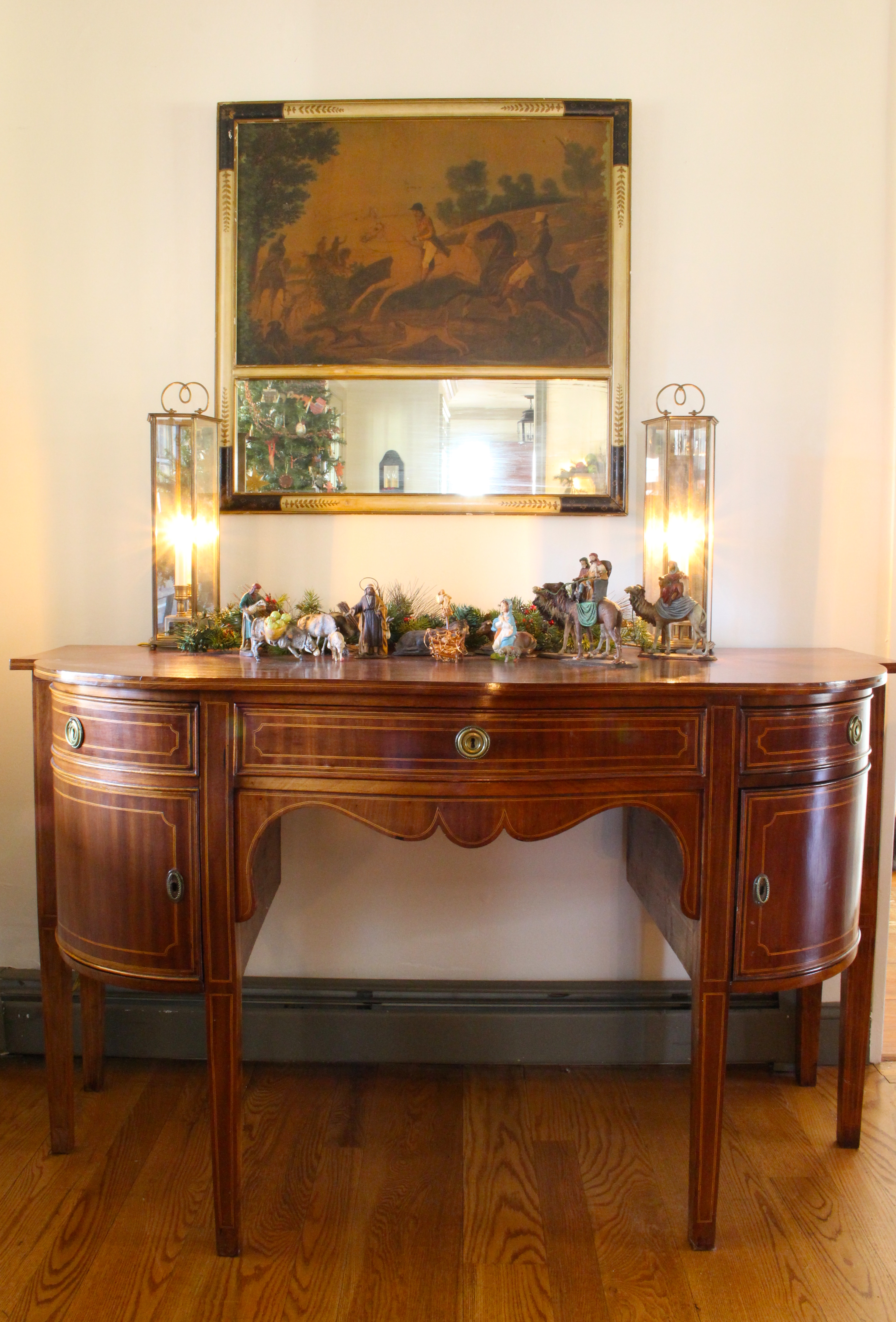 Using traditional furniture in a modern home vintage for Modern house furniture