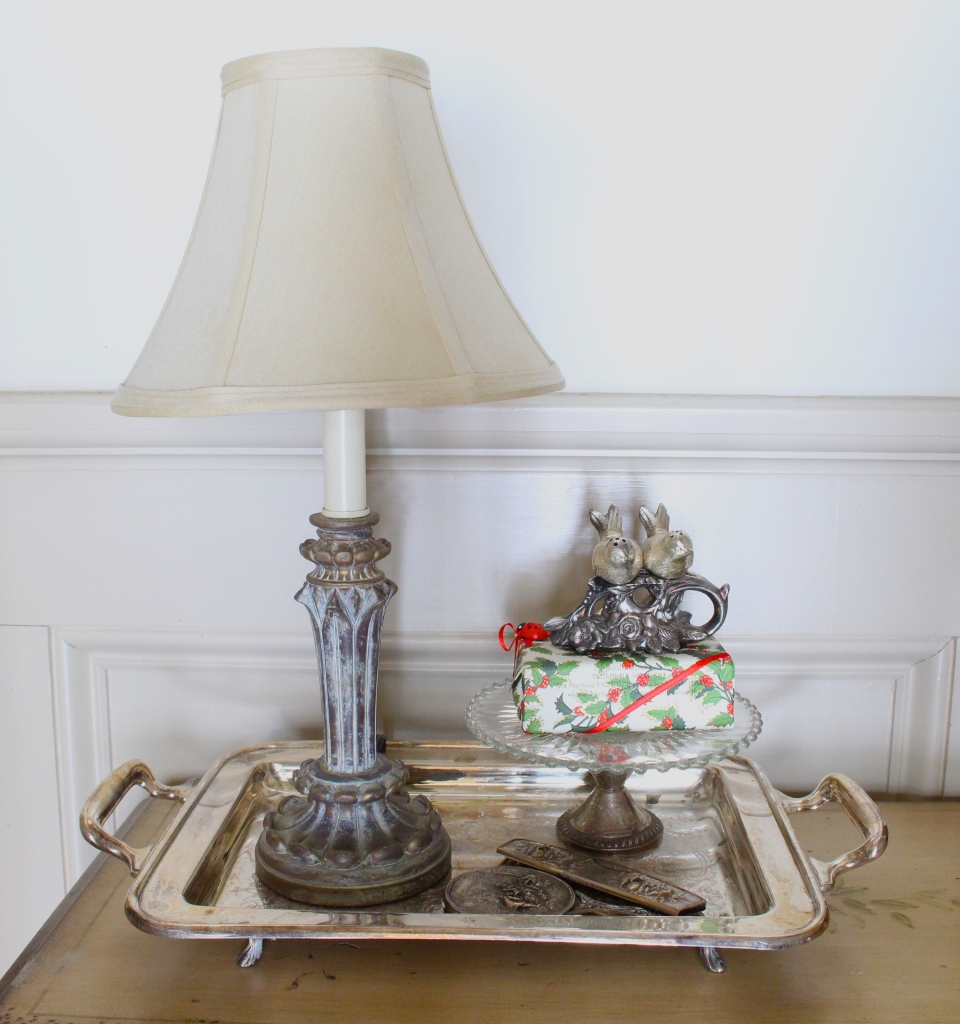Best Way To Display Small Home Decorating Accessories