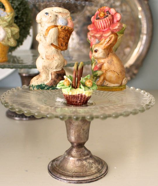 Easter bunny decorating vintage american home for Americanhome com