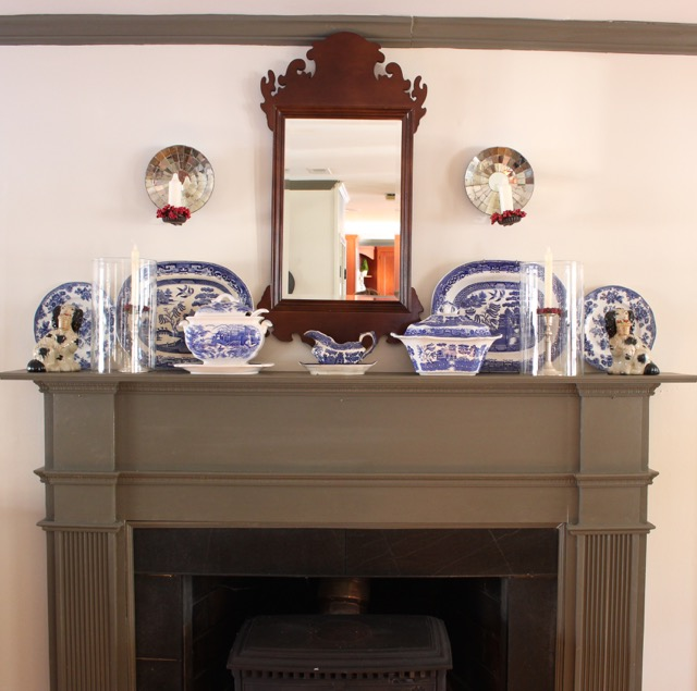 After Christmas Fireplace Mantel re-do - Vintage American Home