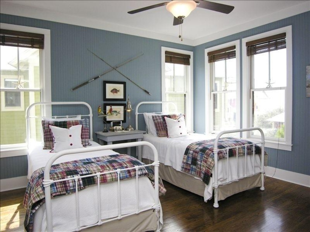 tour one of my favorite beach houses vintage american home. Black Bedroom Furniture Sets. Home Design Ideas