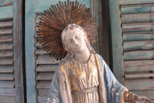 Blessed Mother style vintage style at Vintage American Home.com