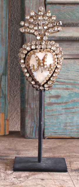 Lovely vintage style Immaculate Heart of Mary Decor at Vintage American Home.com