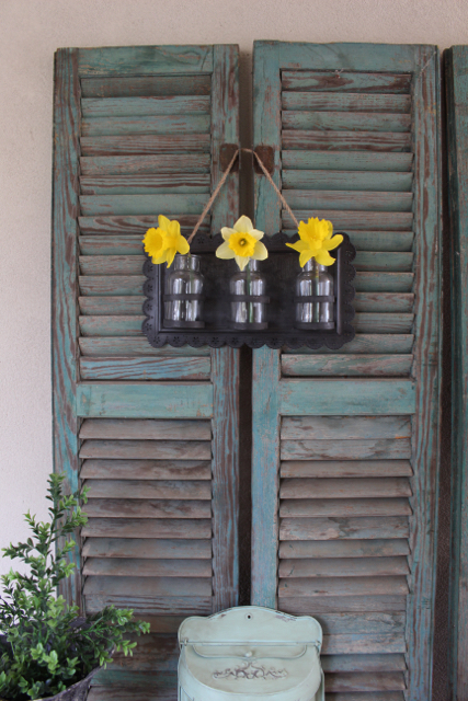 The blossom wall vase used on Fixer Upper is available at Vintage American Home.com
