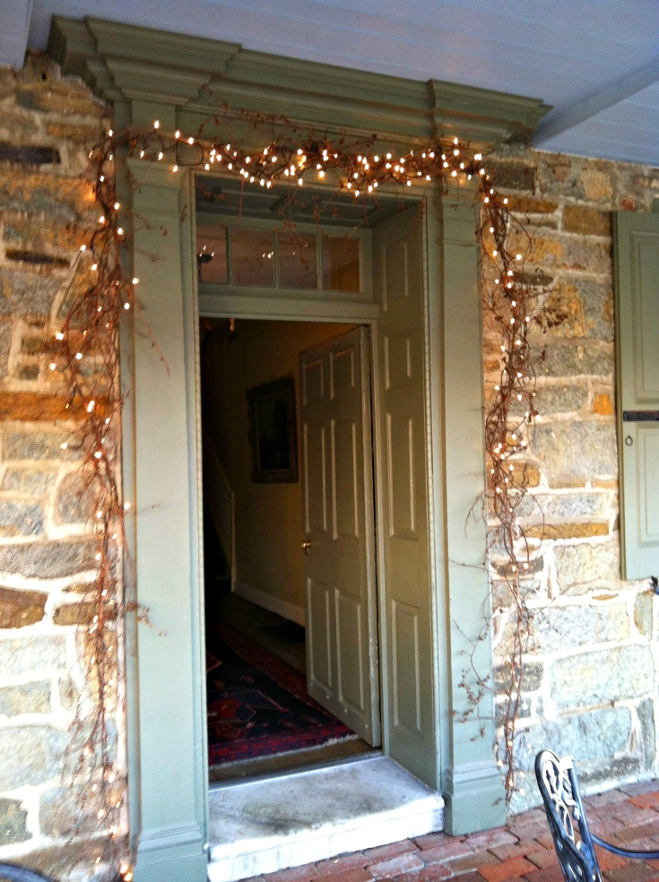 Fall Door with Grapevine