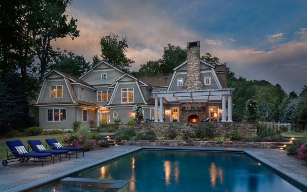 Tour 10 Luxury Country estates with gorgeous pools, interiors and porperty at Vintage American Home