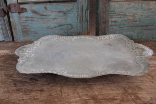 Vintage style tray for less at Vintage American Home.com