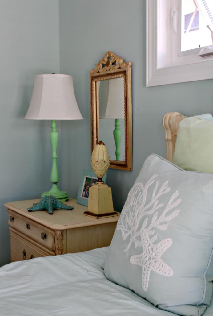 Coastal Master Bedroom Decor p