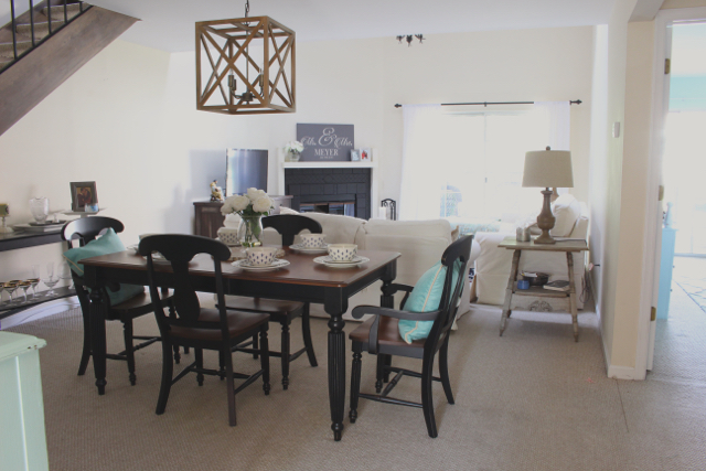 Getting the fixer upper look with lighting. Geometric chandelier for dining rooms.