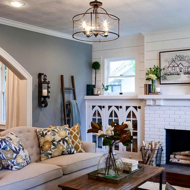 Using the fitzjames pendant in a living room